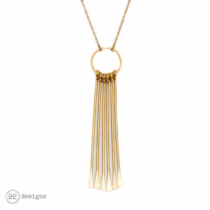totem necklace - close